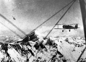 everest-flight-1933-historical_66473_600x450