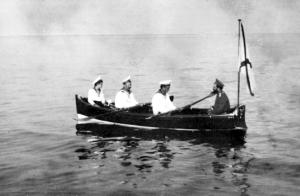 5-romanovs-boat